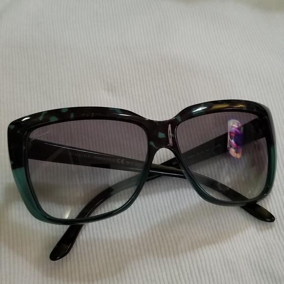 Gucci Sunglasses - GG3585/S